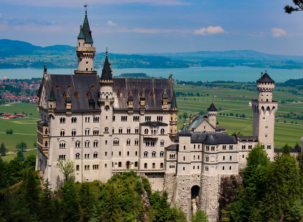 Attractions in Germany Neuschwanstein Castle